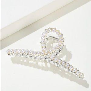 New Elegant Faux Pearl Hair Claw